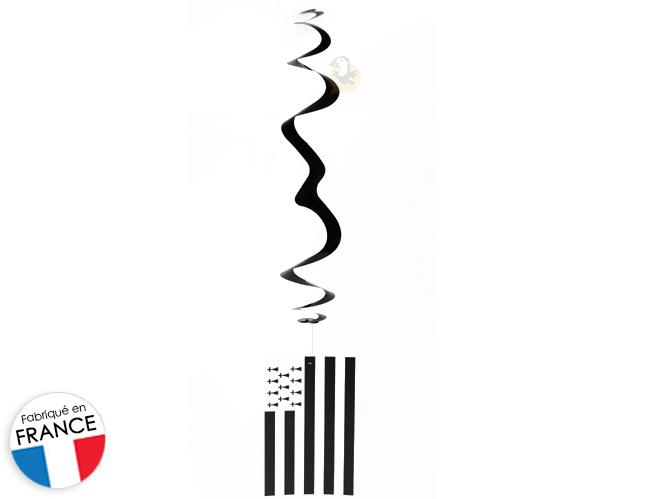 suspension-serpentin-drapeau-breton